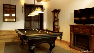 Pool Table Games Room at Montreal Paradise