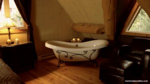 Master bathroom of Log Home Cottage