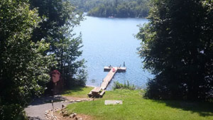 Lakefront Rental 45min from Montreal